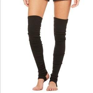 Alo Goddess leg warmers - Black s/m